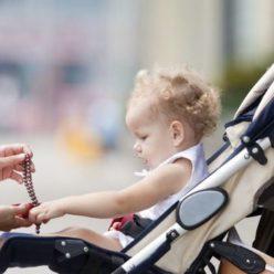 фото ребенок в коляске