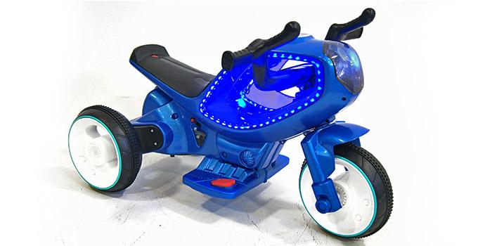 фото RiverToys Трицикл HC-1388