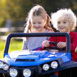 10 лучших электромобилей для детей